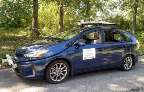 MIT System Lets Self-Driving Cars Conquer Country Roads